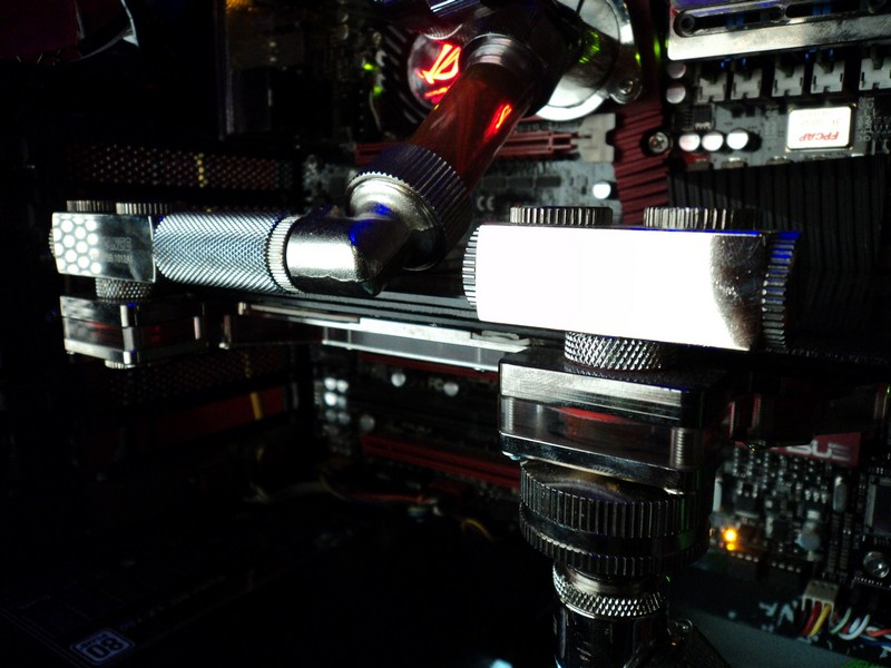 3. HD 5970 CON WATERBLOCK KOOLANCE 2