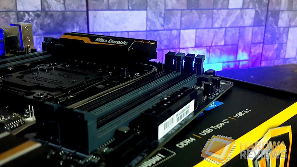 Gigabyte-X99P-SLI-8